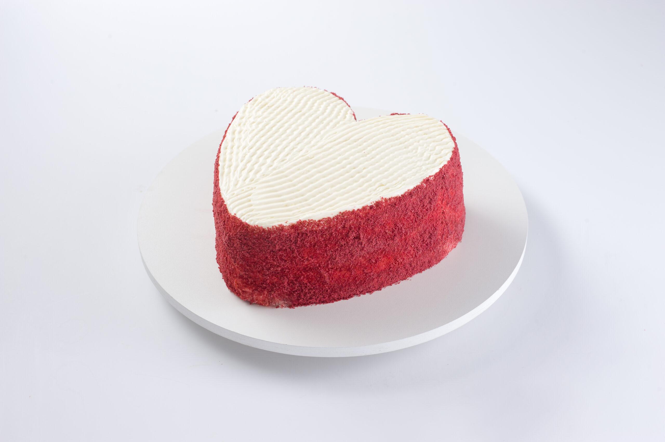 red velvet coração 3189 2 scaled - Bolo Red Velvet Coração 1,4kg